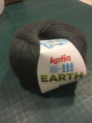Katia borealis 200 DK Aran red pink multi 100g knitting wool yarn