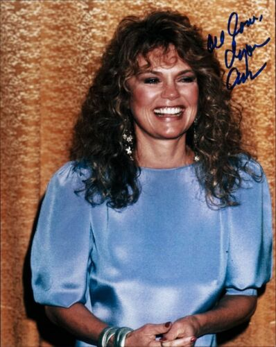 Pretty DYAN CANNON Inperson Signed Photo