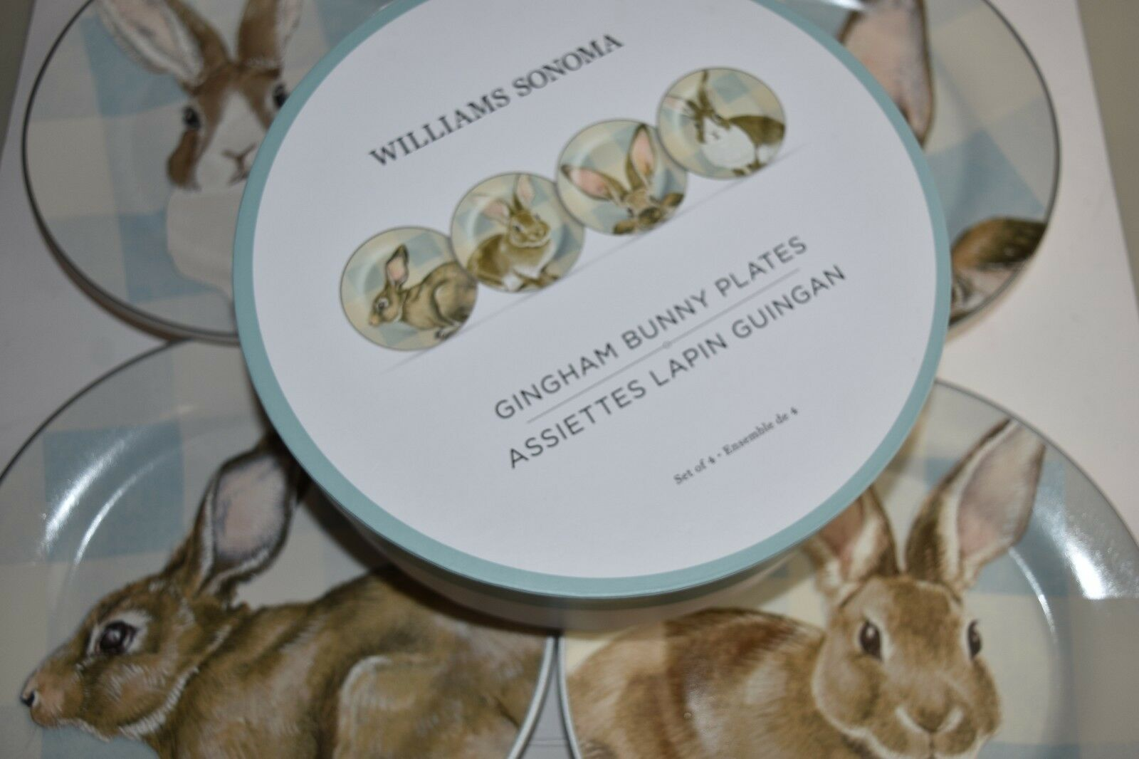 nouveau in BOX Williams Sonoma Gingham Bunny Salad Plates 4 PC blanc bleu EASTER