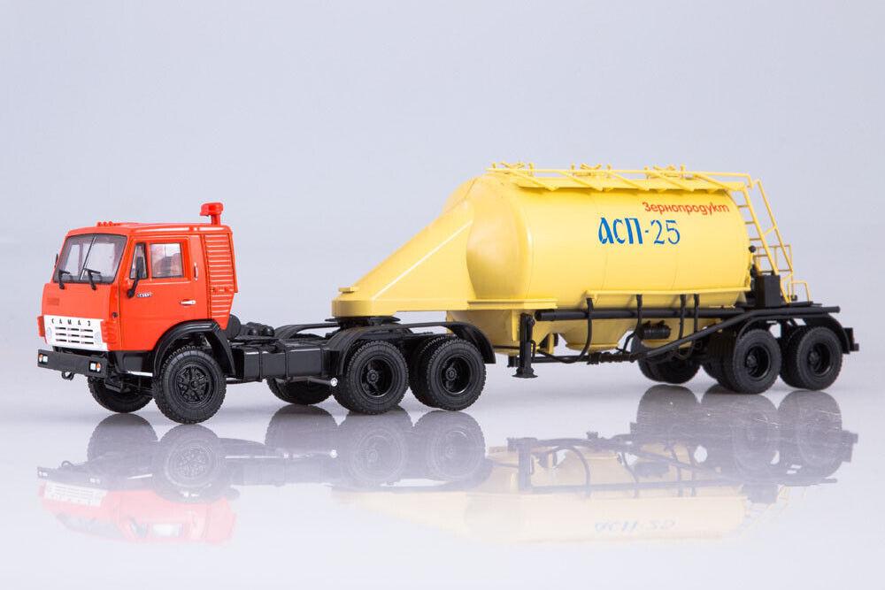 KAMAZ 101125 1 43 KAMAZ 54112 with the semi-trailer with fluat TSA 25 (USSR Russ