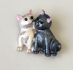 Adorable-Two-cats-Brooch-pin-ienamel-on-metal