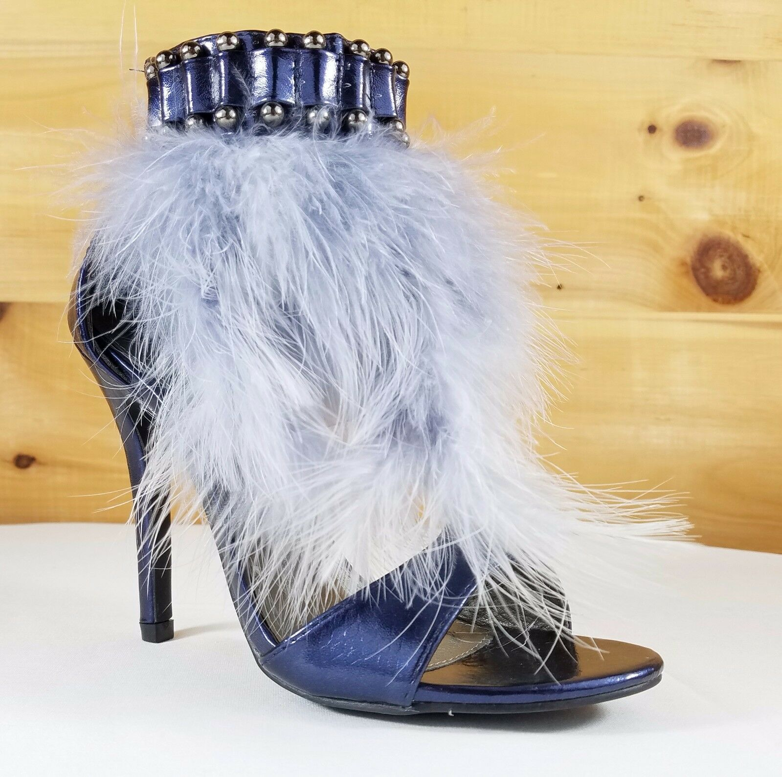 Cape Suzy 79 T-Strap Feather Sandal 4.5  Heel shoes Navy bluee Snake Texture