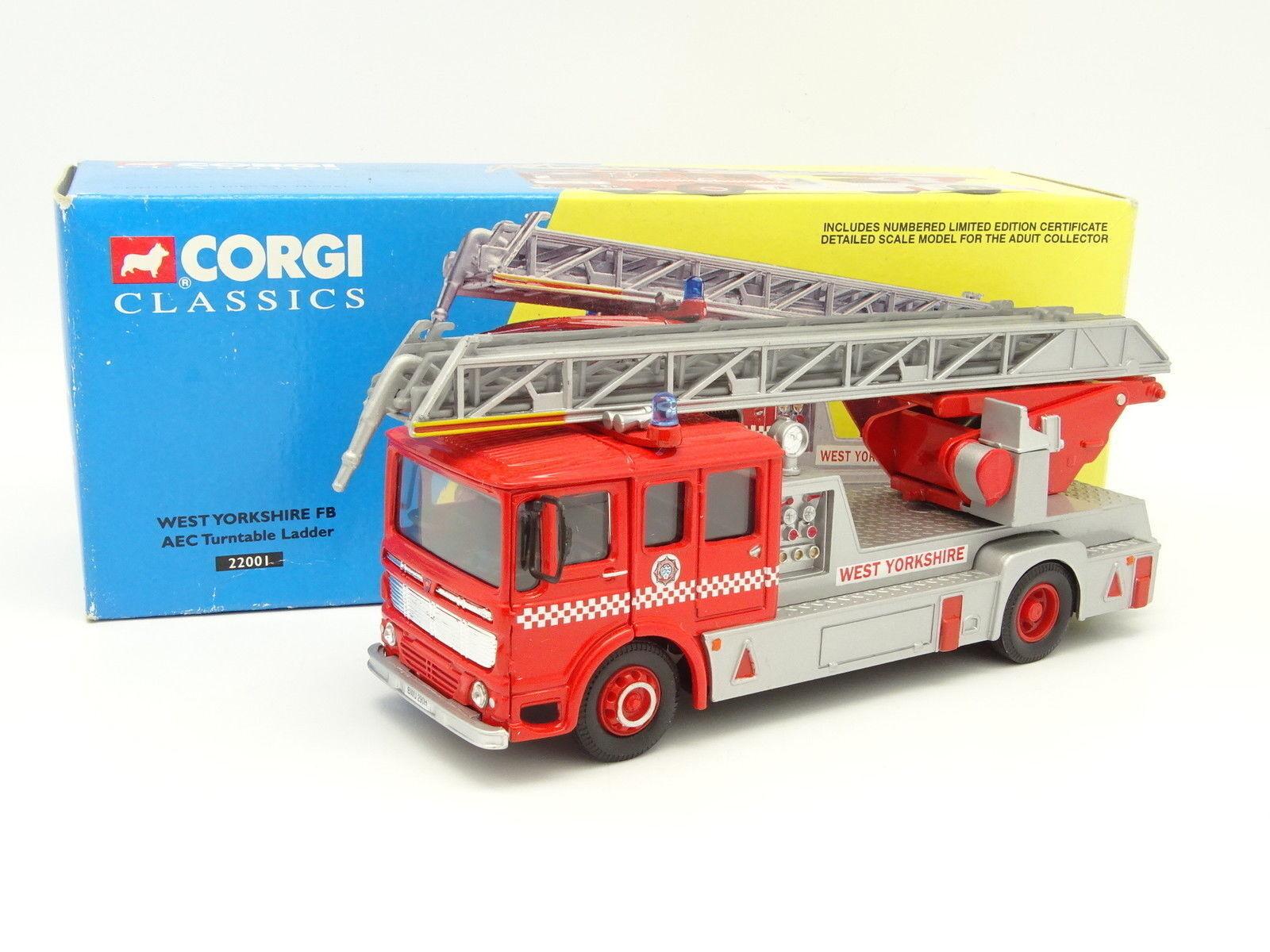 Corgi 1 50 - AEC TURNTABLE LADDER yorkshire fire brigade scale Firemen