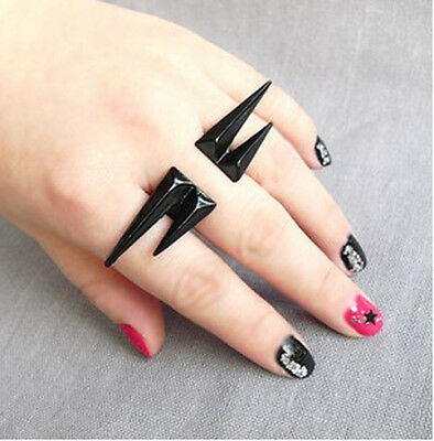 Retro Gothic Rock Punk Chain Black Rivet Puncture Spike Two Finger Ring jf1053