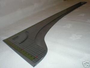 KR7-Long-Scale-Knitmaster-Silver-Knitting-Machine-K93