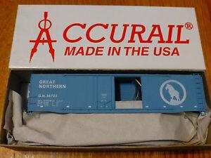 Accurail HO #5316 (50' Comb/Door Box) GN