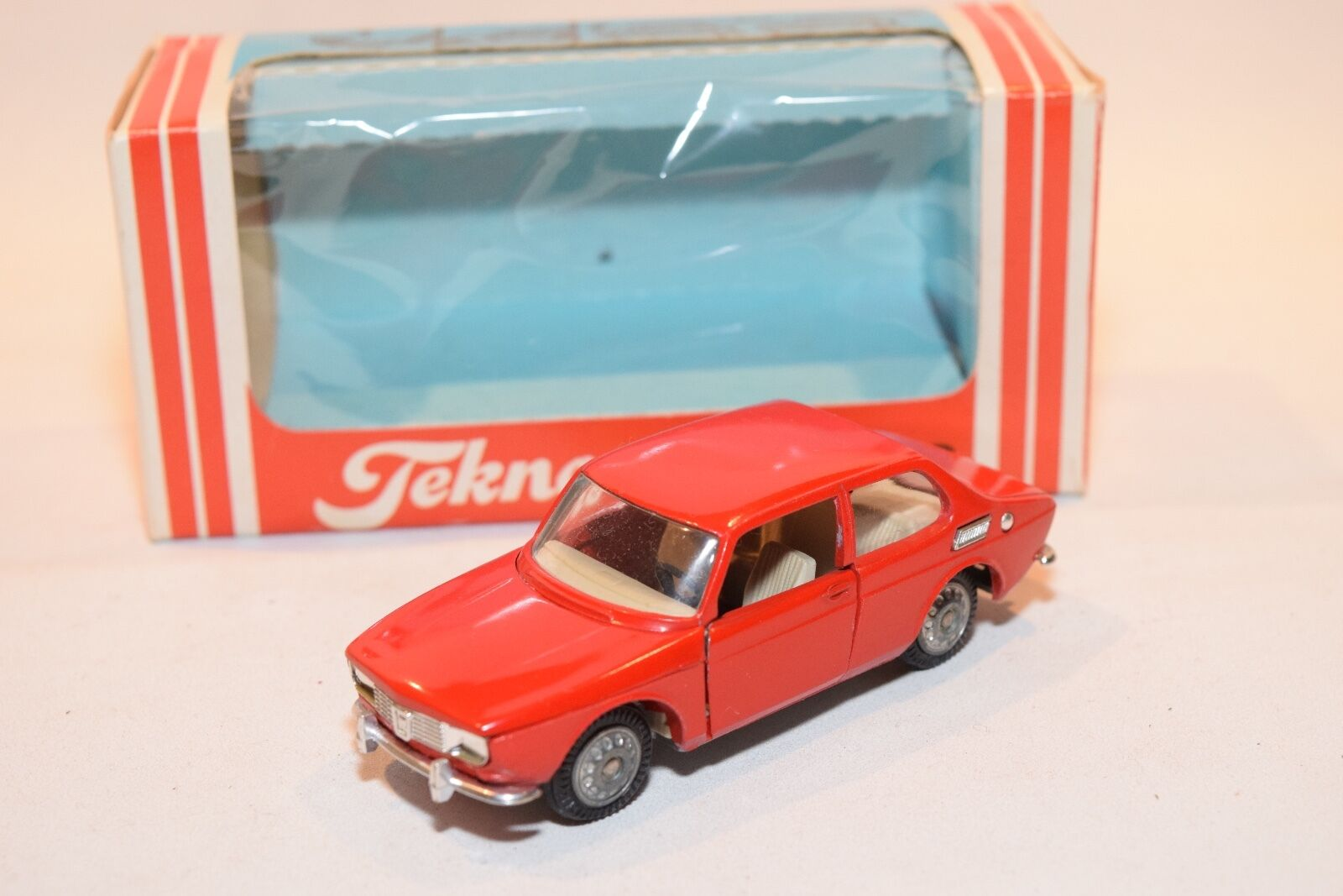 .. TEKNO DENMARK 837 SAAB 99 RED MINT BOXED