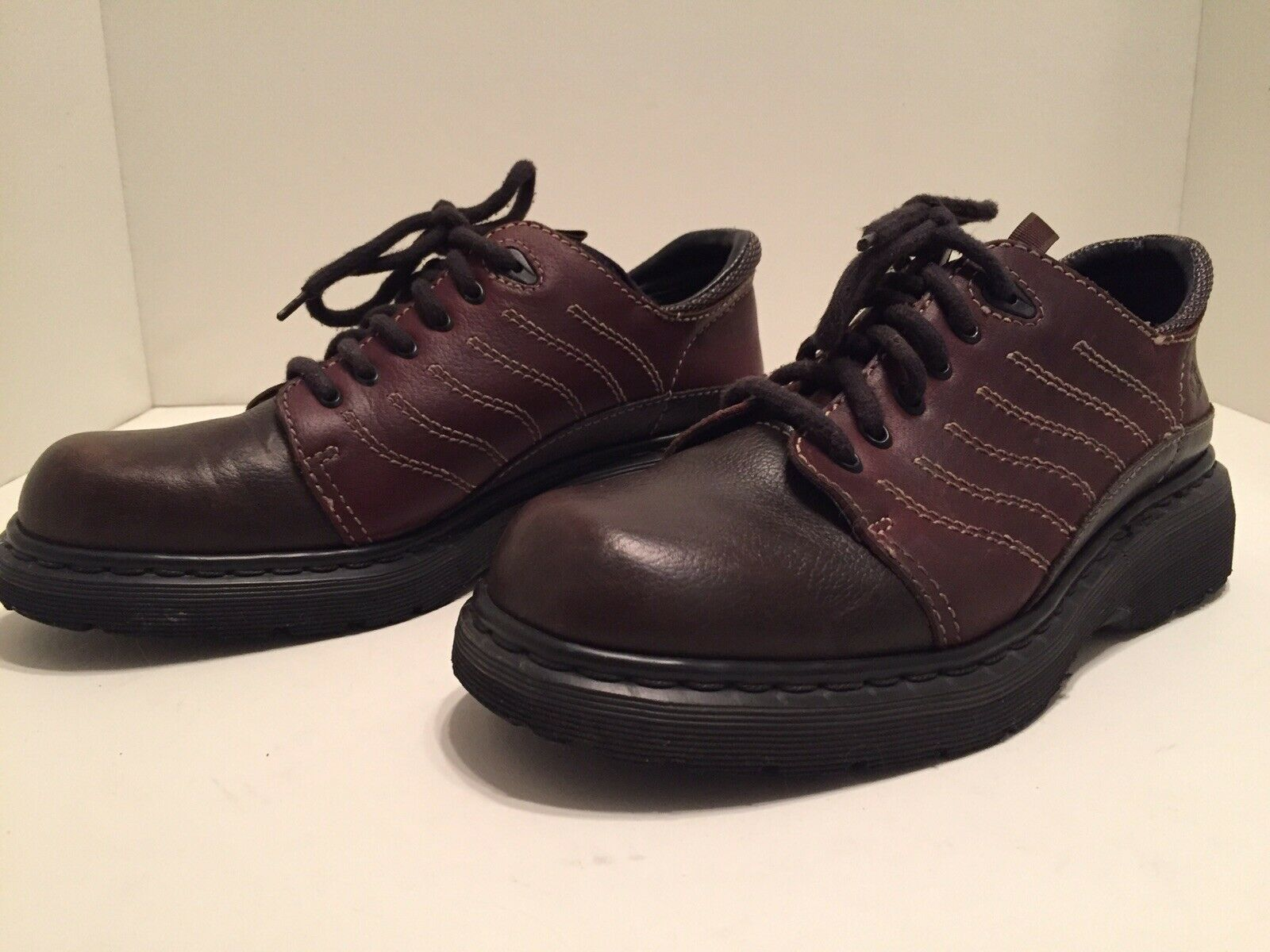 Dr Martens Mens Brown Leather 6 Eye Lace Up Oxfords Size 9