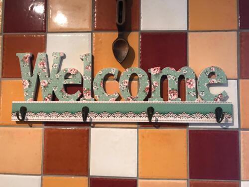 Key Holder inscription bienvenue Green Floral Design Ribbon effet Polka Dot Quatre Clés Hoo