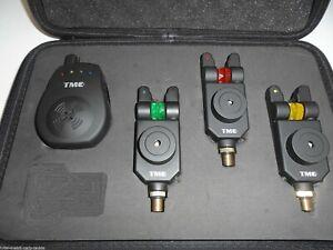 3 x Wireless bite alarms /& Receiver /& Matching illuminated Chain hangers