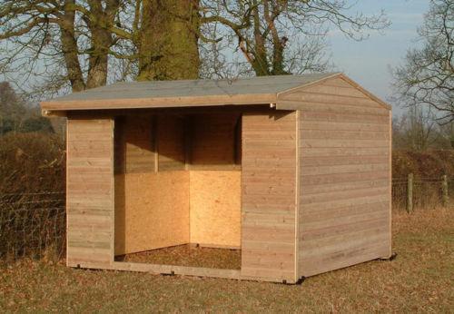 Horse field shelter 12 x 12