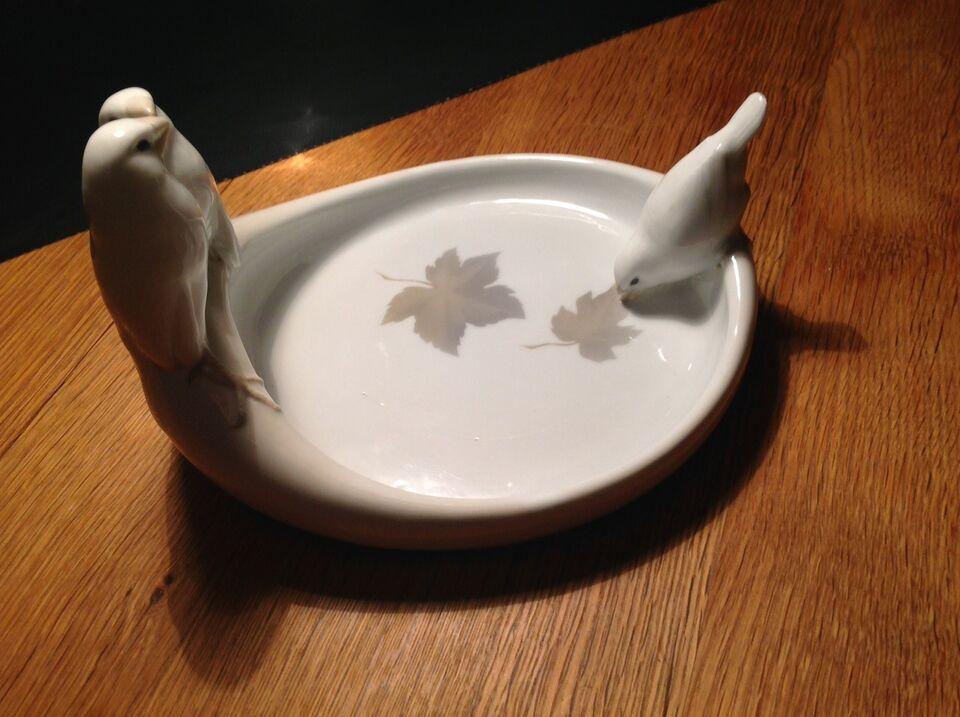 Porcelæn, Fad - skål , Kongelig