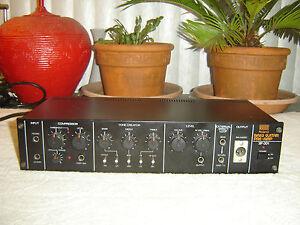 roland sip 301 bass guitar preamp compressor equalizer vintage unit as is ebay. Black Bedroom Furniture Sets. Home Design Ideas