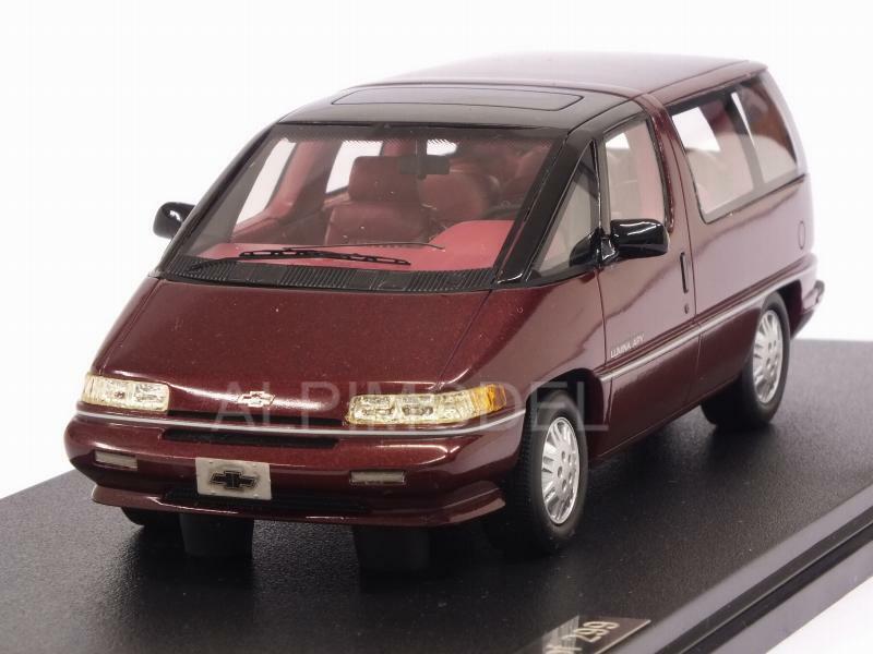 Chevrolet Lumina APV rojo Metallic 1 43 GLM GLM102602