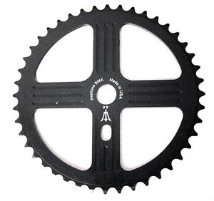 NEPTUNE BMX 33 tooth HELM Sprocket RED Gear for 19mm spindles SE Big Ripper