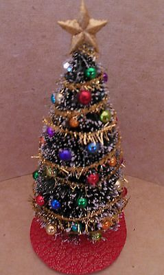 Dollhouse Miniatures Handcrafted Traditional Christmas tree w/multi color balls