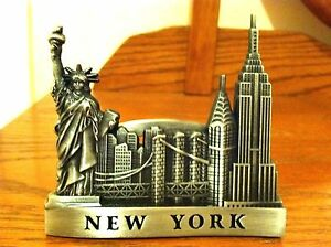 New-York-City-Card-Holder-Statue-of-Liberty-Empire-State-Building-Chrysler