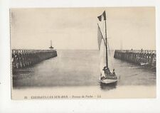 Courseulles Sur Mer Bateau de Peche Vintage Postcard France 345a ^