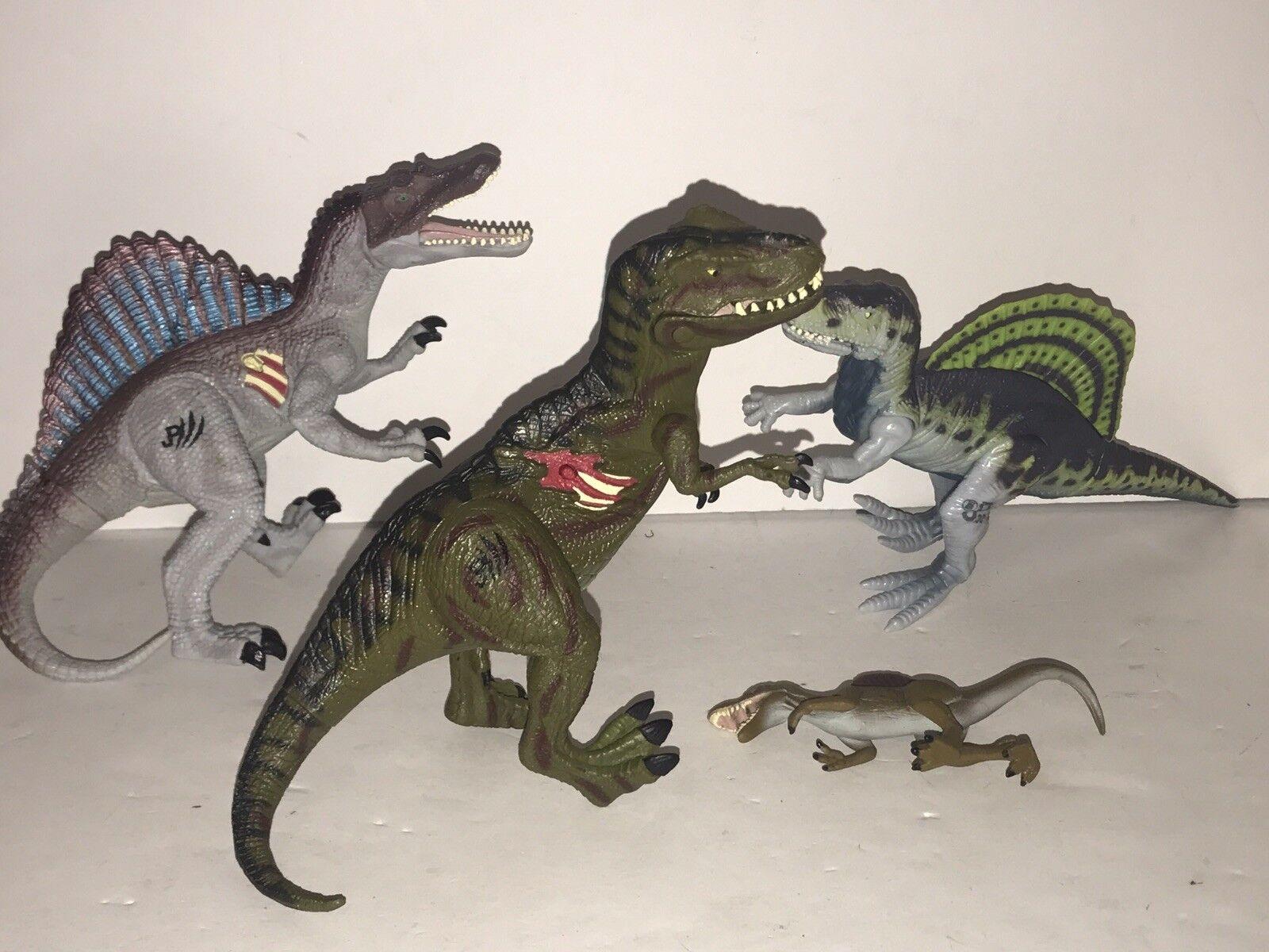Jurassic Park 3  Action Figure Lot JPS Velociraptor JP 39 Battle Wound