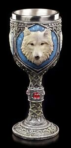 Fantasy-Chalice-Lonely-Wolf-with-Red-Gemstone-Decor-Magic