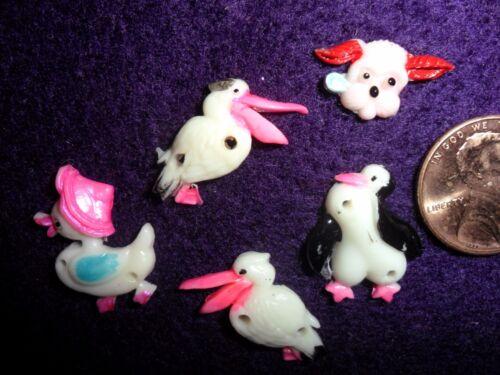 Vintage Pelicans /& Seagulls /& Dog Plastic Miniatures