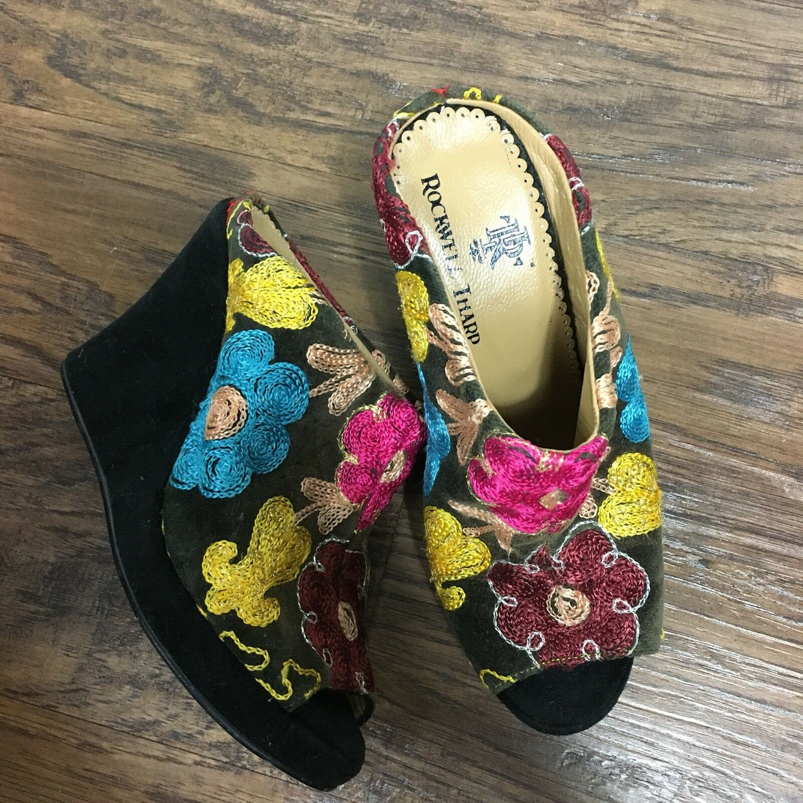 Rockwell Tharp Wedge Sandals 4 35 Black Floral Embroidered Mules