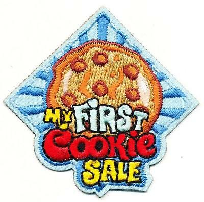 Girl FIRST COOKIE SALE Cookies Daisy Brownie Fun Patches Crest Badge SCOUT GUIDE