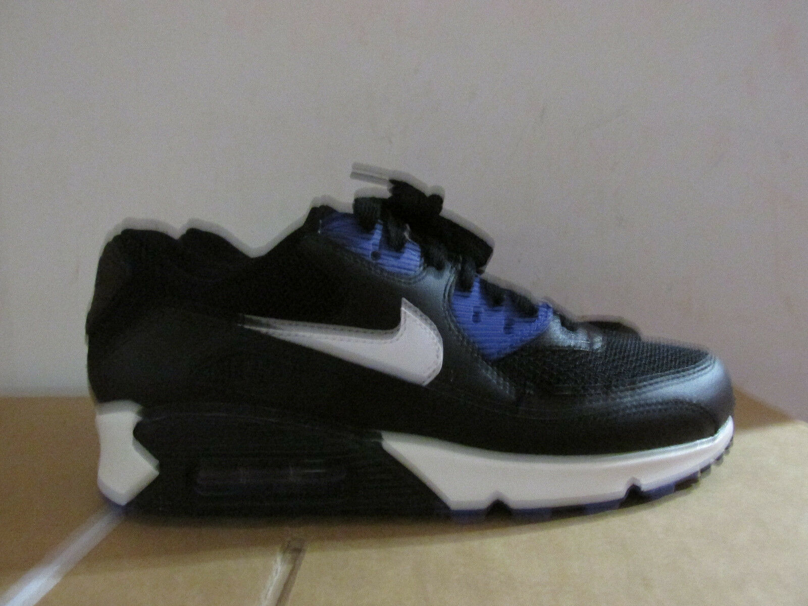 Nike  Air Max 90 Essential  Nike s Running Trainers 537384 052 Baskets De DégageHommes t 11a3c0