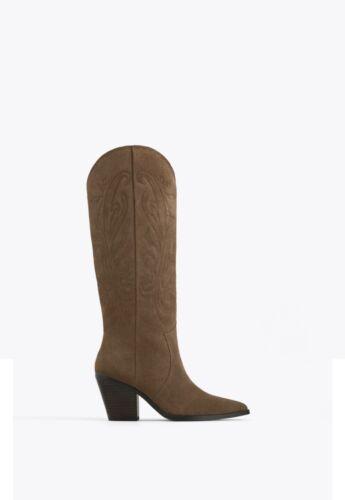 Uterque Cachi Split Scamosciata alti al ginocchio stivali da cowboy, taglia 41 UK 8 Nuovo con etichette