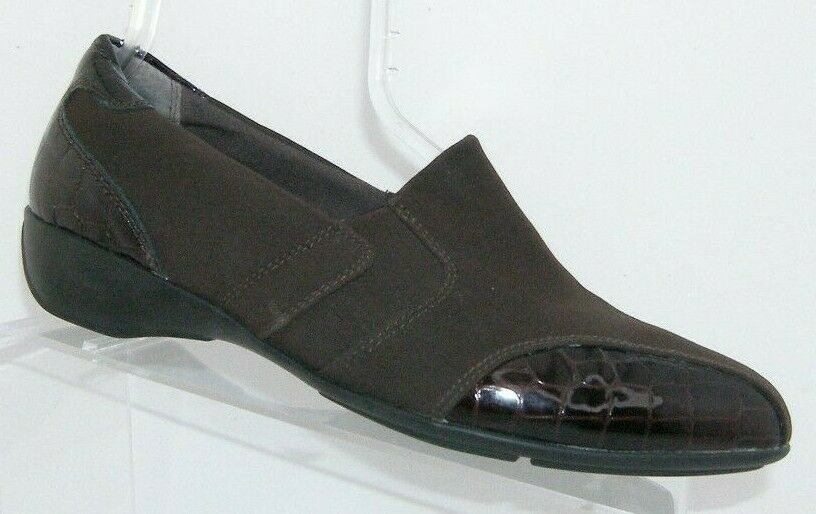 Clarks 'Noreen Will' brown croc print square toe slip on loafer flats 9.5M 6581