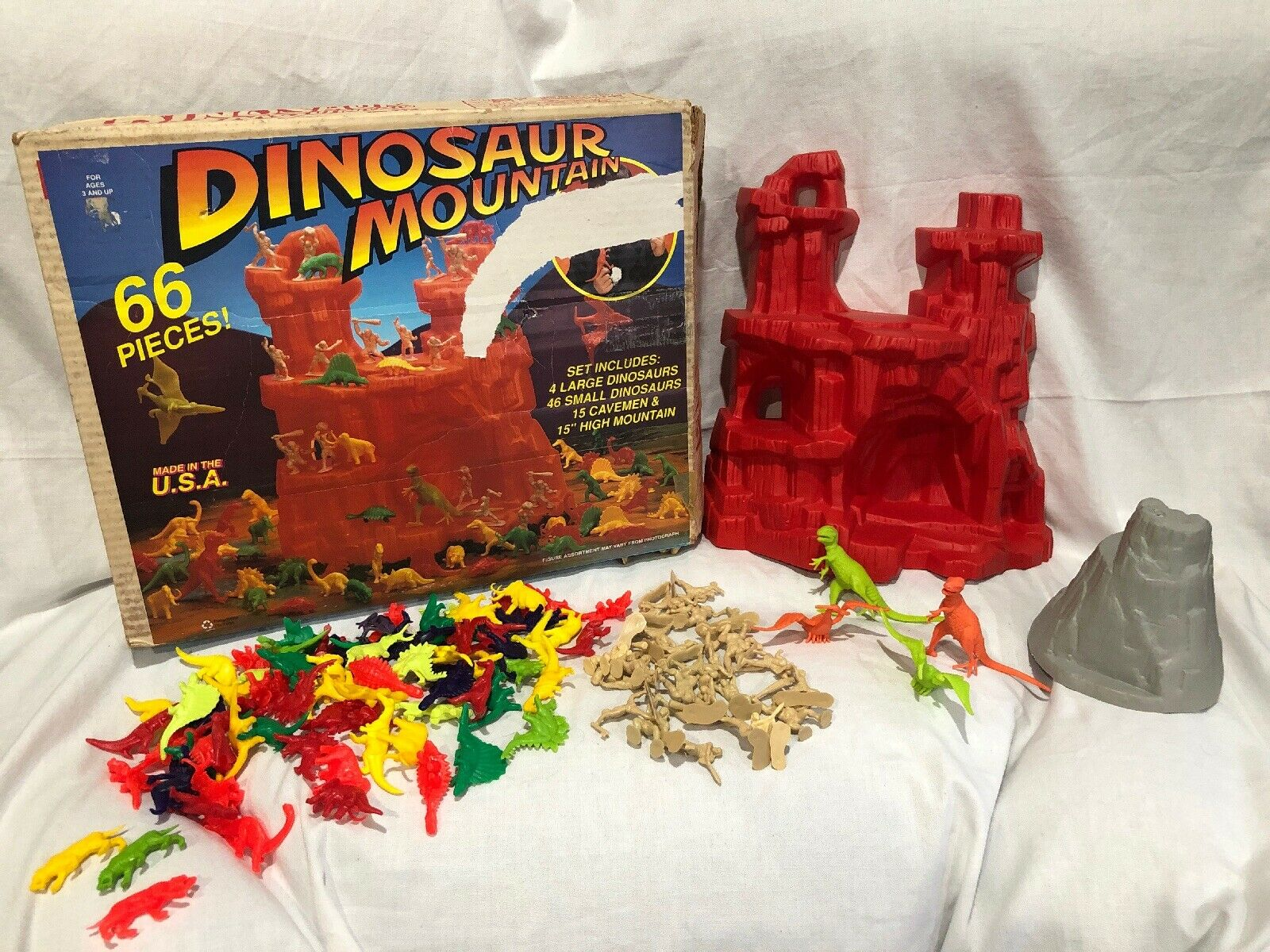 Vintage tim mee timmee Dinosaur Mountain playset 57450 Lots Of Extras 111 Pieces