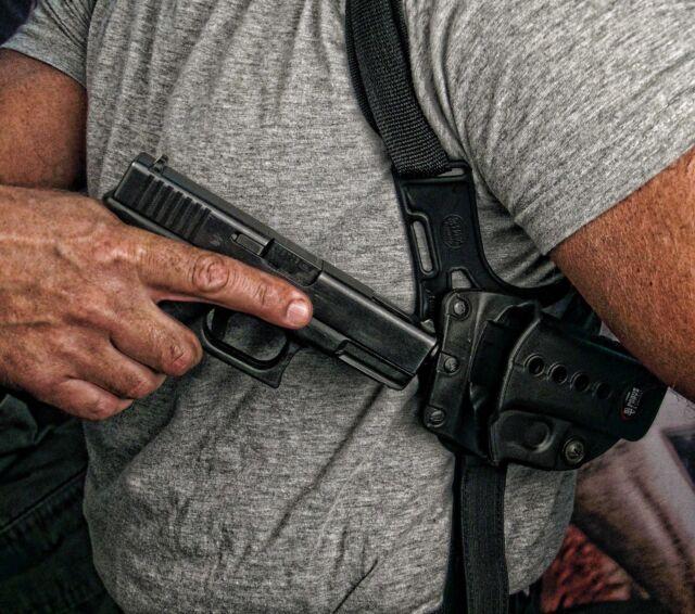 Fobus Left Hand Concealed Shoulder Holster Harness Glock 17 19 22 23 34 35 41