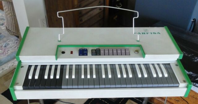 Farfisa Fast 3 Combo Organ Keyboard, Professionally Serviced, Excellent Sound.