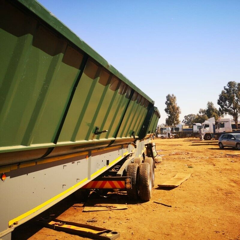 Clearance price on Site tipper trailer for sale.