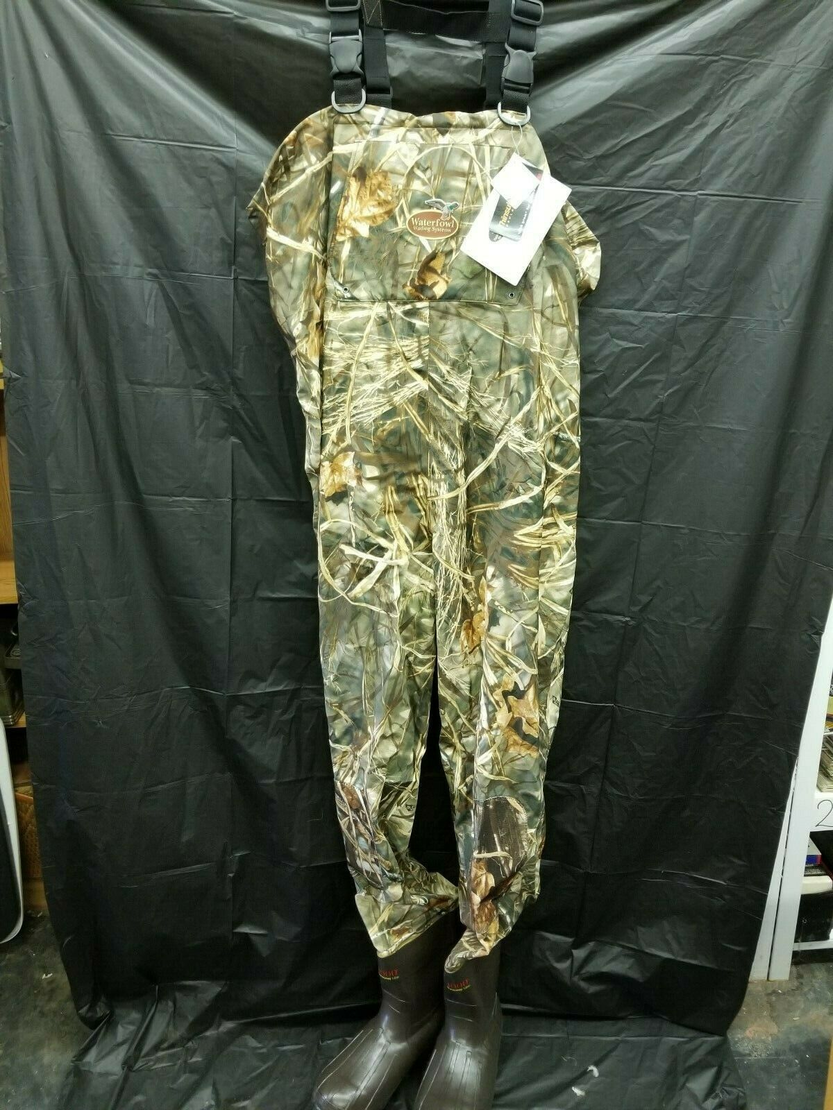 Waterfowl Wading Systems  Max-4 Heavy Duty Breathable Bootfoot Wader 13 Stout  a lot of concessions