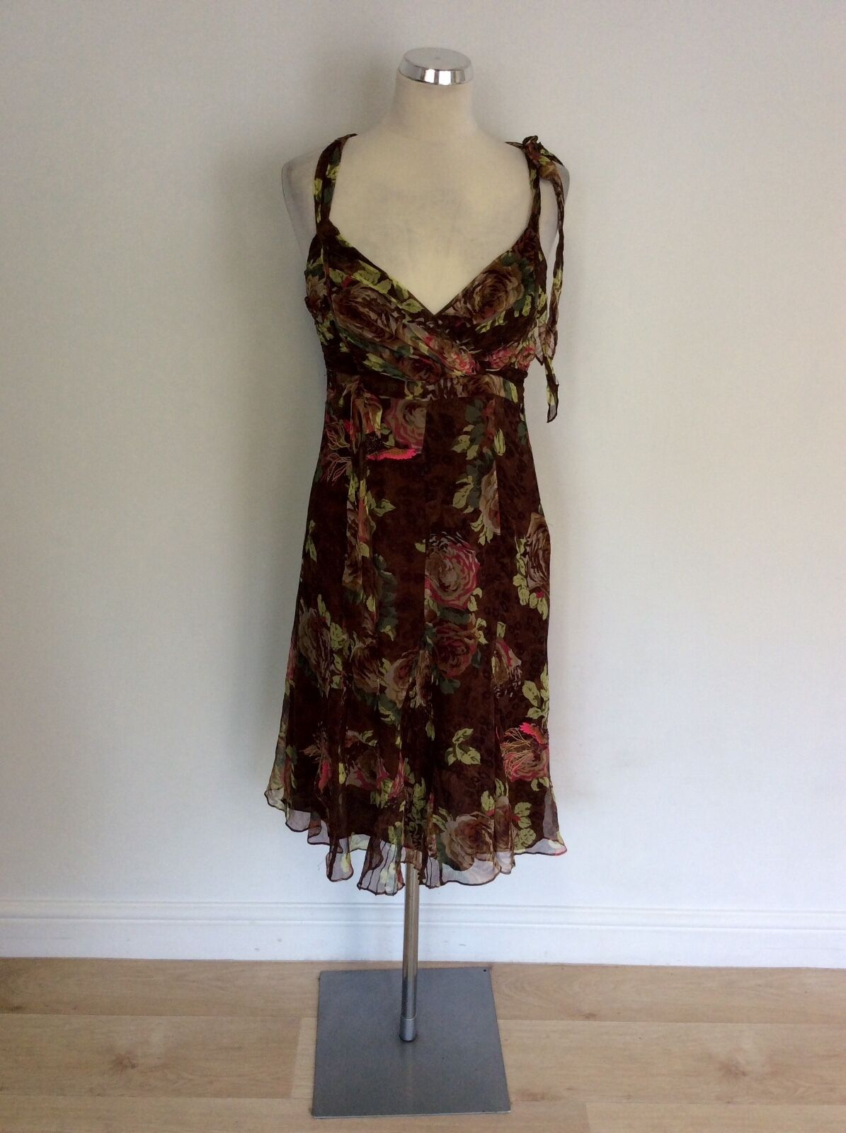 KAREN MILLEN BROWN FLORAL PRINT SILK EMBROIDERED & BEADED TRIM DRESS SIZE 10