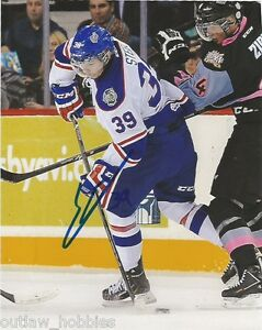 Regina-Pats-Sam-Steel-Autographed-Signed-8x10-Photo-COA-D