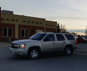 2010 Chevy Tahoe LT, 4x4, 8 Passenger, Leather, $14,000