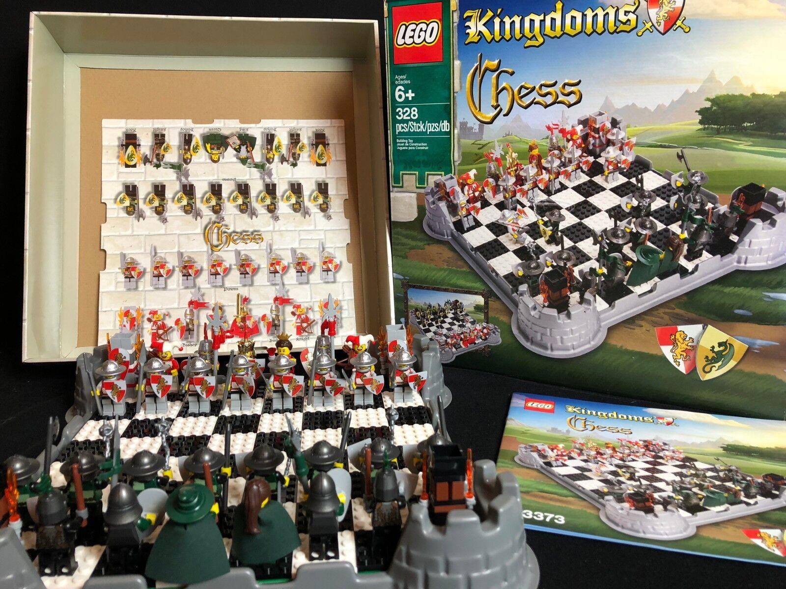 LEGO 853373 Kingdoms Chess Kingdoms Chess Set