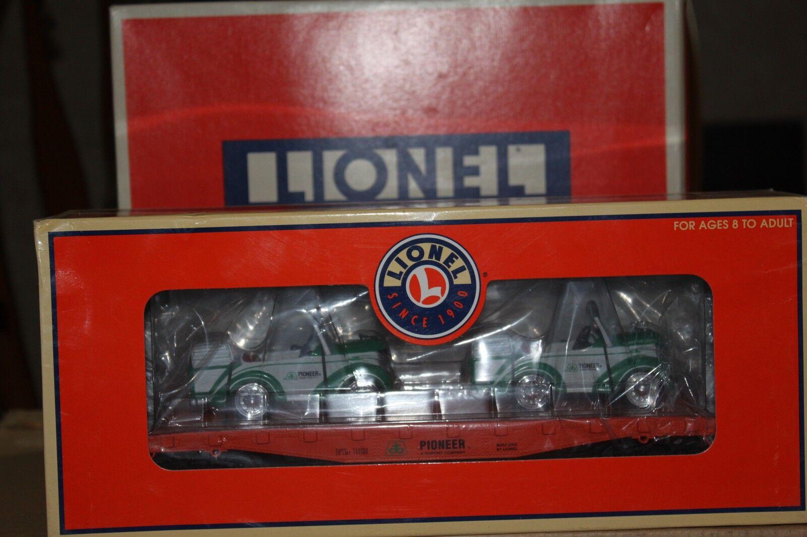 Lionel Pioneer Flatcar w/Classic Pedal Car 6-17572