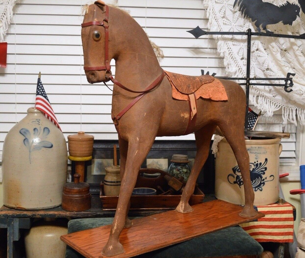RARE ANTIQUE ANTIQUE ANTIQUE VICTORIAN MACHE TOY or STORE DISPLAY HORSE SADDLE REAL HAIR 27 x25  0a489e
