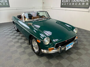 1971 MG MGB 1971 MGB. 4-SPEED, WIRES. EXCELLENT COSMETIC RESTORATION.