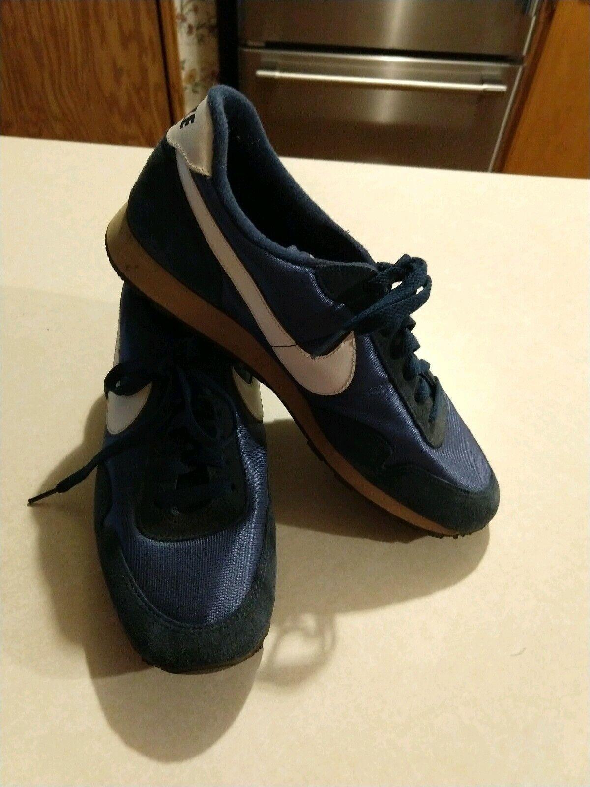 VINTAGE NIKE WOMENS SHOES SZ 9.5 Nike  shoes SZ 9 1 2 blueE NYLON SUEDED FABRIC