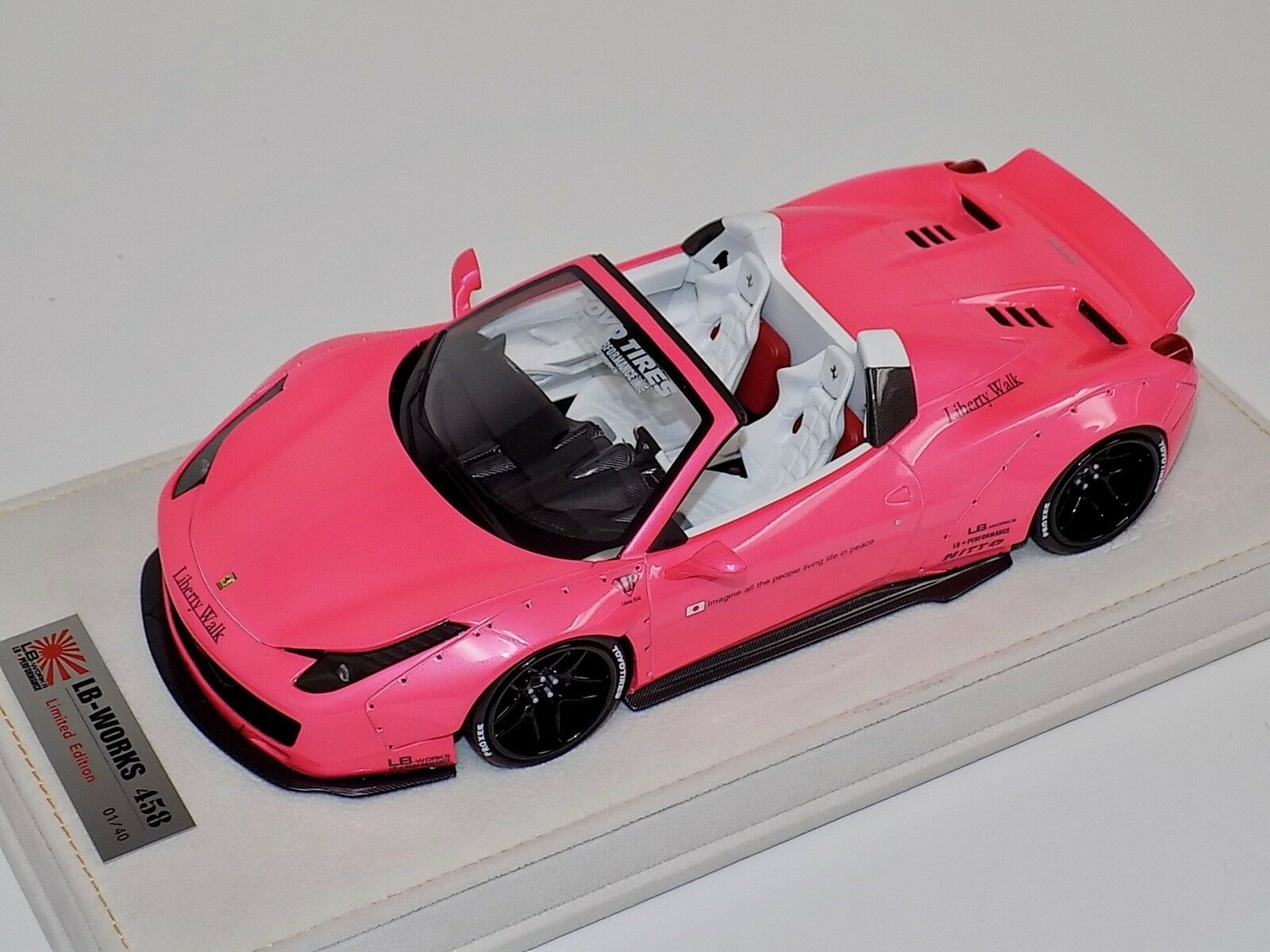 1 18 Ferrari 458 Spider Liberty Walk LB Performance Gloss Pink  40 N BBR   MR