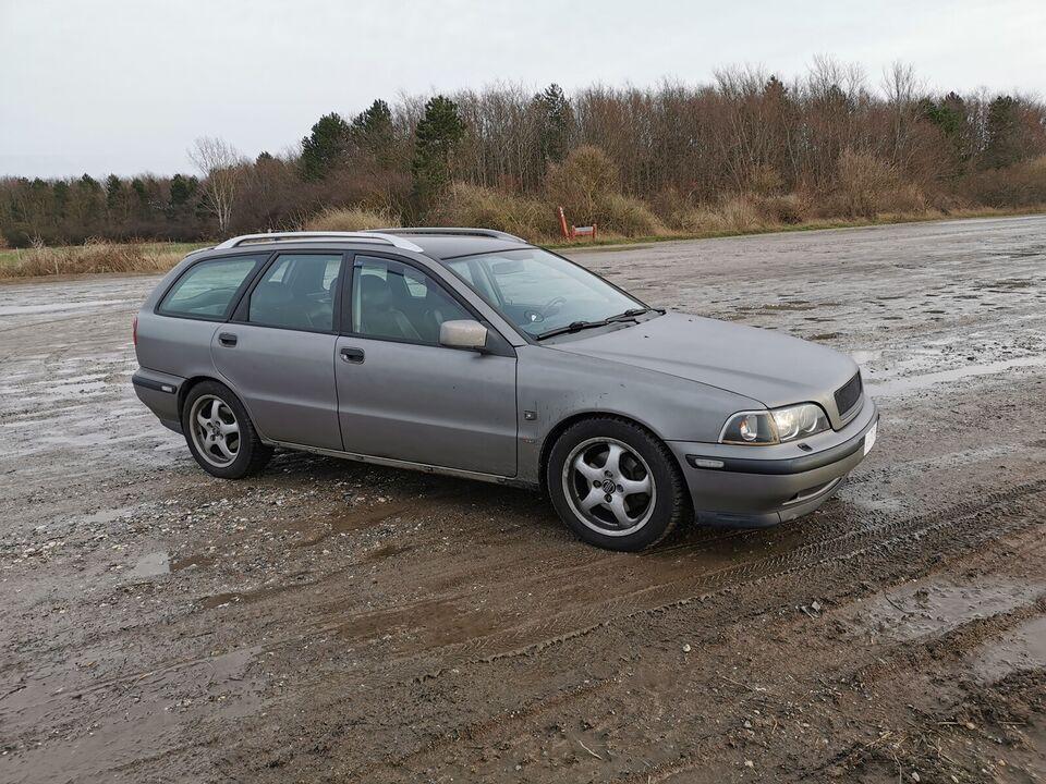 Volvo V40, 1,9 T4, Benzin