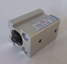 FESTO ADV-16-15-A Kurzhubzylinder  Pneumatik Zylinder Hub 15mm 8bar UNBENUTZT