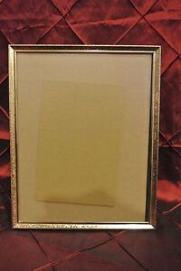 Vintage Metal Gold Color Picture Frame Great Decor Piece # 1