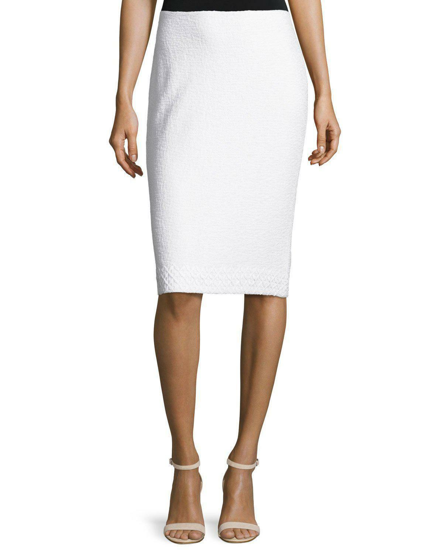NEW St. John Straight Skirt 4 Small Clair Knit Textured White Lace Trim Hem