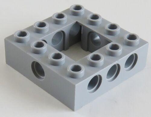 hell blaugrau # 32324 off Stein // Brick 4 x 4 m 2 St. Mitte LEGO Technic