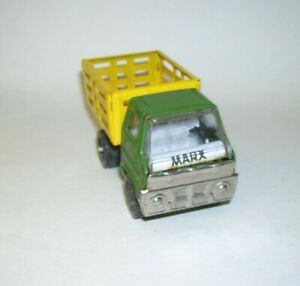 Vintage-Pressed-Steel-Marx-Farm-Truck-Green-with-Yellow-3-5-inches-long